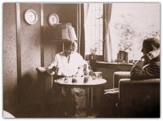 The Bassett-Lowkes at tea, 78 Derngate