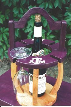 Wine Caddy - Texas A&M would be a great gift to your Aggie couple on their wedding day!  Follow thehowdyweddingguide on Instagran for more Aggie wedding shares!