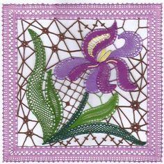 Diy Fleur, Romanian Lace, Bobbin Lacemaking, Lace Art, Bobbin Lace Patterns, Drawn Thread, Point Lace, Lace Jewelry, Needle Lace