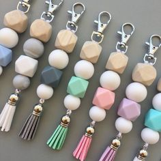 Silicone Keychain Keyrings Nappy Bag Accessory Baby Shower Gift Made to match our Wooden Geo Silicone Mummy Necklaces & our Geo Dreams Dummy Clips. Perfect accessory for Mums Nappy Bag or Keys! Keychains are made with; Food Grade, Non Toxic Si Diy Jewelry, Handmade Jewelry, Jewelry Making, Jewellery, Keychain Diy, Keychain Ideas, Keychains, Wooden Keychain, Diy Accessoires