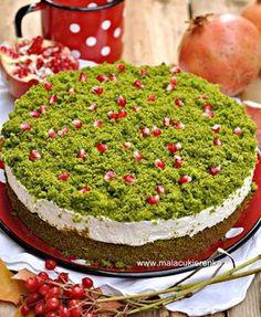 "Ciasto ""leśny mech"" ze szpinakiem - Mała Cukierenka Types Of Cakes, Polish Recipes, Polish Food, Cooking Time, Avocado Toast, Recipies, Food And Drink, Cupcakes, Sweets"