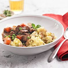Nothing is more cozy than a tender beef stew on top of garlic mashed potatoes. Warm up your family's bellies tonight: http://www.bhg.com/recipes/party/seasonal/fall-comfort-food/?socsrc=bhgpin121713beefstewandgarlicmash&page=35
