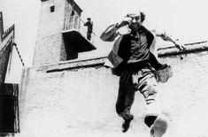 28η Οκτωβρίου: Οι καλύτερες ταινίες για το έπος του 40 την κατοχή και την αντίσταση στο αφιέρωμα του Αθηναϊκού Πρακτορείου Το έπος του 40 και η αντίσταση στην κατοχή θα ήταν λογικό να έχουν μια εξέχουσα θέση στην ελληνική κινηματογραφία κάτι που έγινε αλλά όπως όλοι γνωρίζουμε κατά βάση την εποχή της επταετίας με παραγωγές []  The post 28η Οκτωβρίου: Οι καλύτερες ελληνικές ταινίες για το έπος του 40 appeared first on www.armyvoice.gr. Art, Art Background, Kunst, Performing Arts, Art Education Resources, Artworks