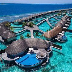 Hotel con cabañas sobre el mar en México en la Riviera Maya
