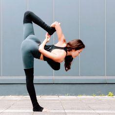 @seonia in The High-Waist Goddess Legging #yoga #inspiration #aloyoga