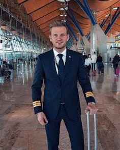 Likes, Comments - Patrick Pilot Uniform, Men In Uniform, Mens Fashion Suits, Mens Suits, Airline Pilot, Sexy Men, Hot Men, How I Met Your Mother, Firefighter