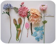 Le Petit Cadeau - she is obsessed with making silk flowers and has two tutorials available for purchase