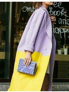lilac and yellow coat lilac coat purple coat classic coat style oversize coat purple coat two tone coat Color Blocking Outfits, Color Blocking Fashion, Purple Coat, Yellow Coat, Look Vintage, Vintage Coat, Look Fashion, Fashion Outfits, Fashion Design