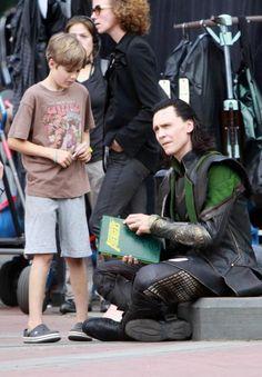 Mark Ruffalo's son being obsessed with Tom Hiddleston aka Loki :)