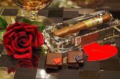 ジョン カナヤよりバレンタインの新作 - ヘネシーX.Oの贅沢な味わい、時を刻むスパイス入りショコラ