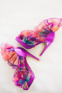 Colorful bride's shoes: http://www.stylemepretty.com/australia-weddings/new-south-wales-au/byron-bay/2015/08/14/elegant-colorful-beach-wedding/ | Photography: Ivy Road - http://ivyroadphotography.com.au/