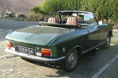 Peugeot 304 cabrio 1974 Maintenance/restoration of old/vintage vehicles: the material for new cogs/casters/gears/pads could be cast polyamide which I (Cast polyamide) can produce. My contact: tatjana.alic@windowslive.com
