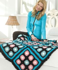 Flower Accents Throw Free Crochet Pattern from Red Heart Yarns