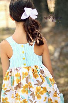 Sewing For Kids Lucy's Racerback tunic and Dress. PDF sewing patterns for - Simple Life Pattern Company Lucy's Racerback Tunic Little Girl Summer Dresses, Girls Dresses, Baby Dresses, Sewing For Kids, Baby Sewing, Simple Dress Pattern, Little Girl Dress Patterns, Pdf Sewing Patterns, Clothes Patterns