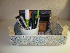 caixa de fruita forrada amb tela Decoupage, Ideas Prácticas, Scrap, Diy, Crates, Box, Tela, Craft, Wood Crates