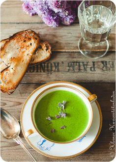 Kräutercremesüppchen mit Brotchips #suppe  #kräutersuppe