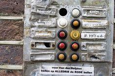 deurbellen anoniem http://utrecht.pvda.nl/wp-content/uploads/sites/250/2013/08/deurbellen.jpg
