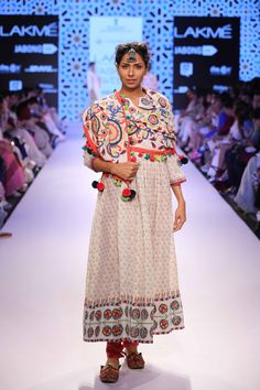Glimpse of an amazing collection Vrisa by Rahul and Shikha at Lakme Fashion Week Summer Resort'15! #JabongLFW