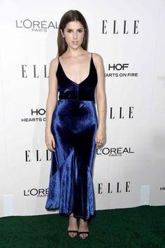 Anna Kendrick's blue dress is SO pretty.