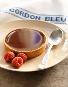 Chocolate Tart from Le Cordon Bleu. Small Desserts, Fun Desserts, Dessert Recipes, Le Cordon Bleu, B Recipe, Delicious Donuts, Sweet Pastries, Sweet Pie, Eat Dessert First