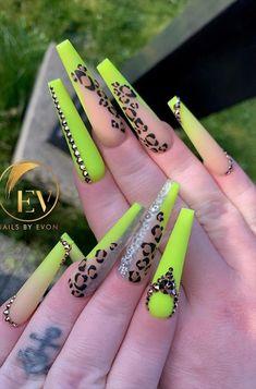 Glam Nails, Bling Nails, Stiletto Nails, Fun Nails, Ombre Nail Designs, Best Nail Art Designs, Coffin Shape Nails, Coffin Nails Long, Summer Acrylic Nails