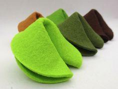 Glückskekse - *10 Glückskekse aus Filz* - ein Designerstück von GlueckskeksMANUfaktur bei DaWanda