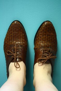 Vintage Woven Brown Leather Oxfords 8M Pointed Toe.  30.00 126f263c390b5
