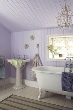English garden lavender, lilac & violet bedroom bath decor