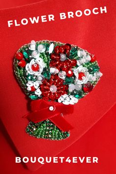 Crystal Red Lipstick Brooches Enamel Pin Jackets For Women Accessories Pins Rhinestone Lapel Pin Kiss Red And Pink Karl Jewelry