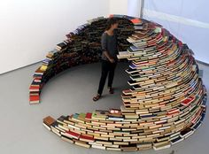 Book igloo...wouldn't this be a display.   It would last only 1 day and I would probably be the one to bump it over by accident!