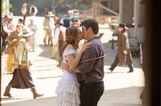 castle and beckett western honeymoon | Castle' Season 7 Spoilers: Honeymoon Photos Of Rick And Beckett ...