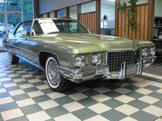 1971 Cadillac Coupe Deville Maintenance/restoration of old/vintage vehicles: the material for new cogs/casters/gears/pads could be cast polyamide which I (Cast polyamide) can produce. My contact: tatjana.alic@windowslive.com