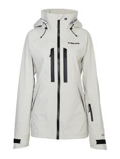455418e632b07 Performance and style come together in this signature women s jacket as  part of the Armada Vector
