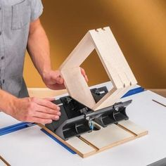 Spline and Corner Jig Ideal for use with smaller boxes and frames, making it easy to add a wide variety of strong, beautiful splines to the corners.