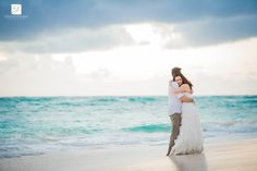 Mariage dans le Sud and Trash the Dress – Ashley and M-A – Majestic Colonial Punta Cana