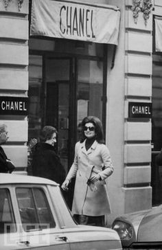 Jackie O. at Chanel in Paris...like is anything better than this? Really?
