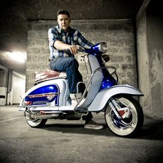 Retro Scooter, Lambretta Scooter, Scooter Design, Motor Scooters, Genoa, Mod Fashion, Sidecar, Chopper, Bicycles