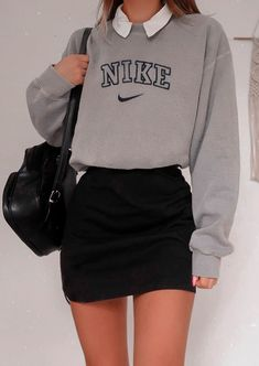 Adrette Outfits, Indie Outfits, Teen Fashion Outfits, Retro Outfits, Vintage Outfits, Nike Fashion, Retro Style Fashion, Fashion Fashion, Korean Fashion