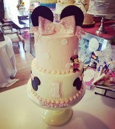 Minnie mouse buttercream first birthday cake www.facebook.com/carinaedolce    www.carinaedolce.com #carinaedolce First Birthday Cakes, First Birthdays, Facebook, Desserts, Food, Tailgate Desserts, One Year Birthday, Deserts, Essen