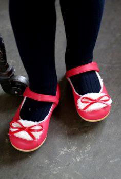 Ozkiz Lordy Mary Jane Flat Shoes #Kidsshoes #Warmshoes #kidsflatshoes #Ozkiz #오즈키즈 #아동구두 #Kidsstyle #Kidsfashion #partyshoes #maryjaneshoes