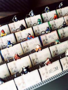lego figures as escort cards & favors Marvel Wedding, Comic Book Wedding, Lego Wedding, Batman Wedding, Star Wars Wedding, Diy Wedding, Wedding Gifts, Wedding Venues, Wedding Ideas