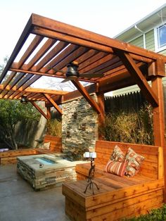A small yard doesn't have to limit your design desires. Check out these ways to make even the tiniest yard into an outdoor getaway anyone can enjoy. Diy Pergola, Building A Pergola, Backyard Privacy, Pergola Canopy, Outdoor Pergola, Pergola Plans, Pergola Ideas, Building Plans, Wooden Pergola