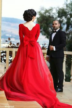 Newest Long Sleeve Tulle Red Wedding Dress Bowknot Long Train Item Code: - White Wedding İdeas. Casual Dress Outfits, Casual Summer Dresses, Trendy Dresses, Winter Dresses, Formal Dresses, Wedding Dress Train, Red Wedding Dresses, Cocktail Dresses With Sleeves, Dresses Kids Girl