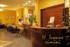 Cerchi un bed and breakfast a Rimini? Ti consigliamo l'Hotel Ivonne Garnì, piccola e confortevole struttura a carattere familiare situata nel cuore di #Rimini, a Marina Centro.