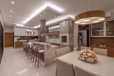Luxury Kitchen Design, Home Interior Design, Kitchen Modular, Modern Villa Design, 4 Bedroom House Plans, Backyard Kitchen, Dream House Exterior, Kitchen Furniture, Home Deco