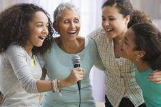 Kiat sukses bisnis karaoke keluarga