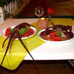El Bocas puedes disfrutar de una fresca langosta del Caribe.  In Bocas you can enjoy fresh spined lobster.  Bocas del Toro Panamá  #bocasdeltoro #gastronomía #caribe #gastronomy #Caribbean