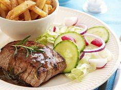 Steak met kruidensaus en frietjes - Libelle Lekker!