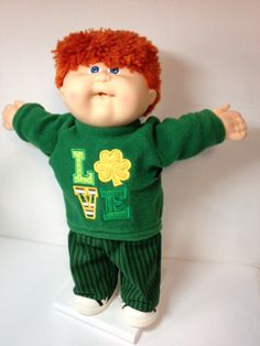Cabbage Patch -- St. Patricks Day LOVE Shamrock (Embroidery and Applique)