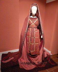 Vintage & Today: Quasi vero! The old stage costumes  -> Quasi vero!...